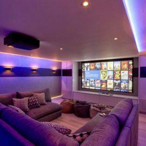 Decoração de sala de TV sofá