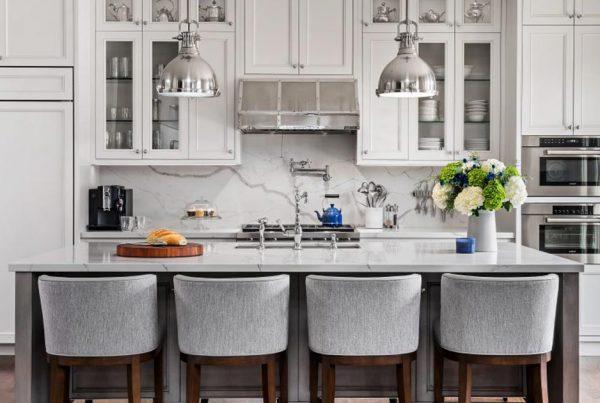 Cozinha planejada simples: foco nos detalhes